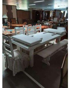 TABLE BLANCHE 4 CHAISES ET BANC